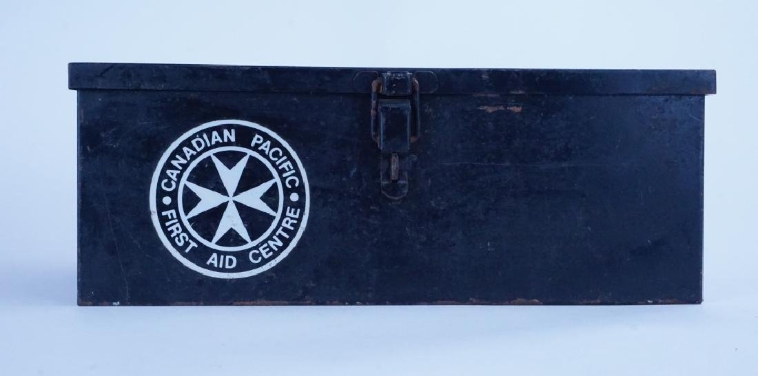 VINTAGE CANADIAN PACIFIC RAILROAD FIRST AID KIT - 5