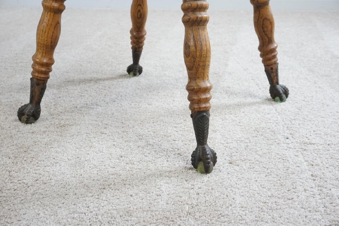 OAK PARLOR TABLE WITH BARLEY TWIST LEGS - 4