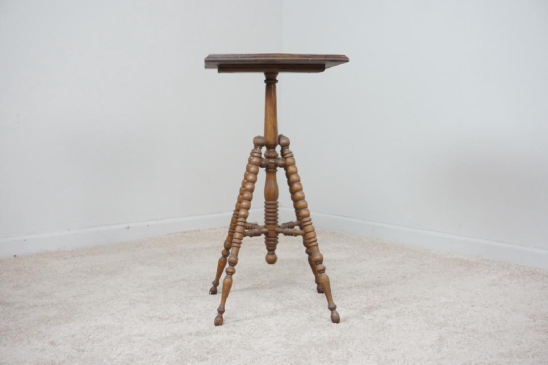 TURNED LEG OAK SIDE TABLE - 4