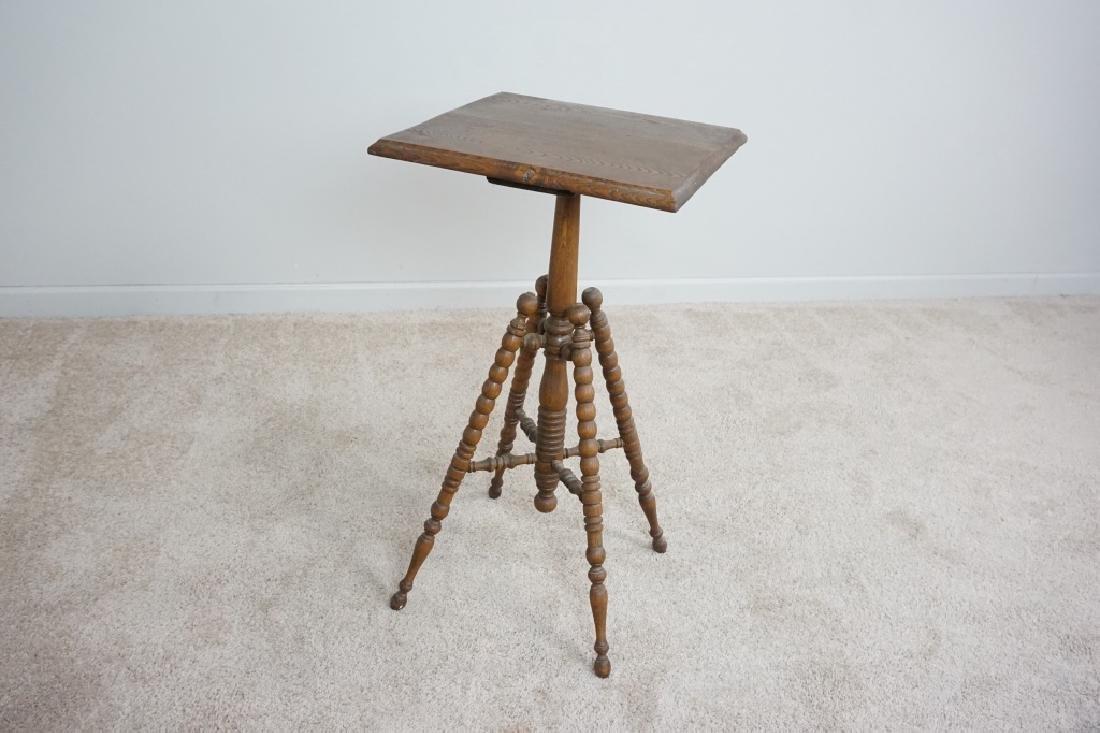 TURNED LEG OAK SIDE TABLE - 6