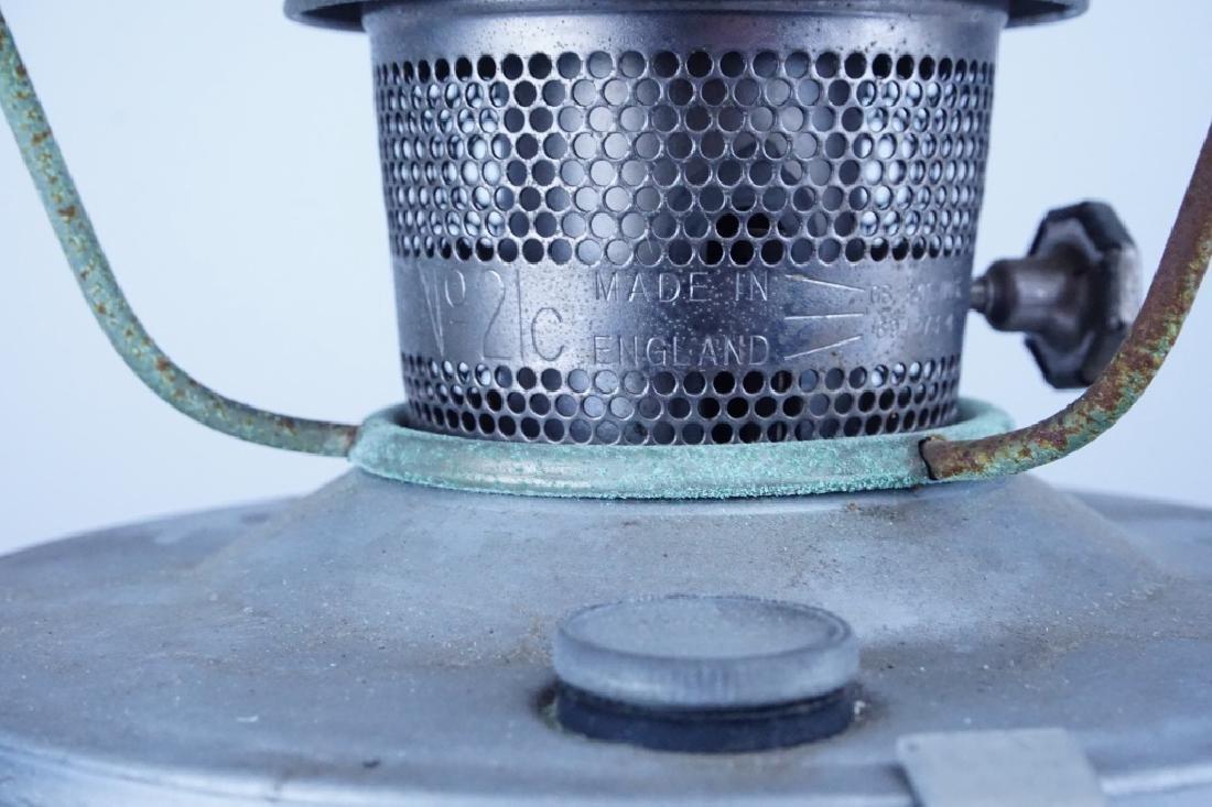 VINTAGE ALADDIN CABOOSE OIL LAMP - 3