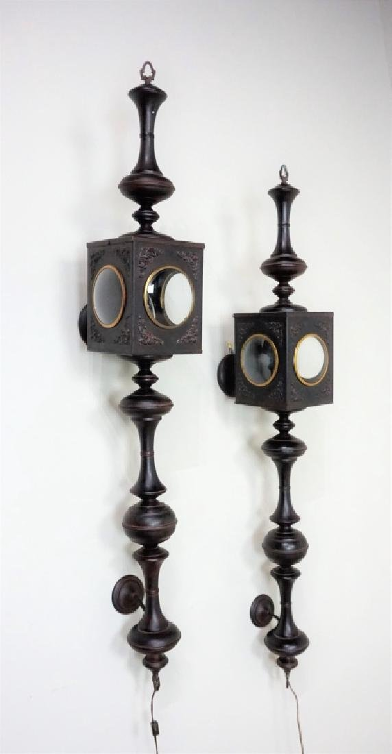 PAIR OF ELECTRIC CARRIAGE LAMPS - 2