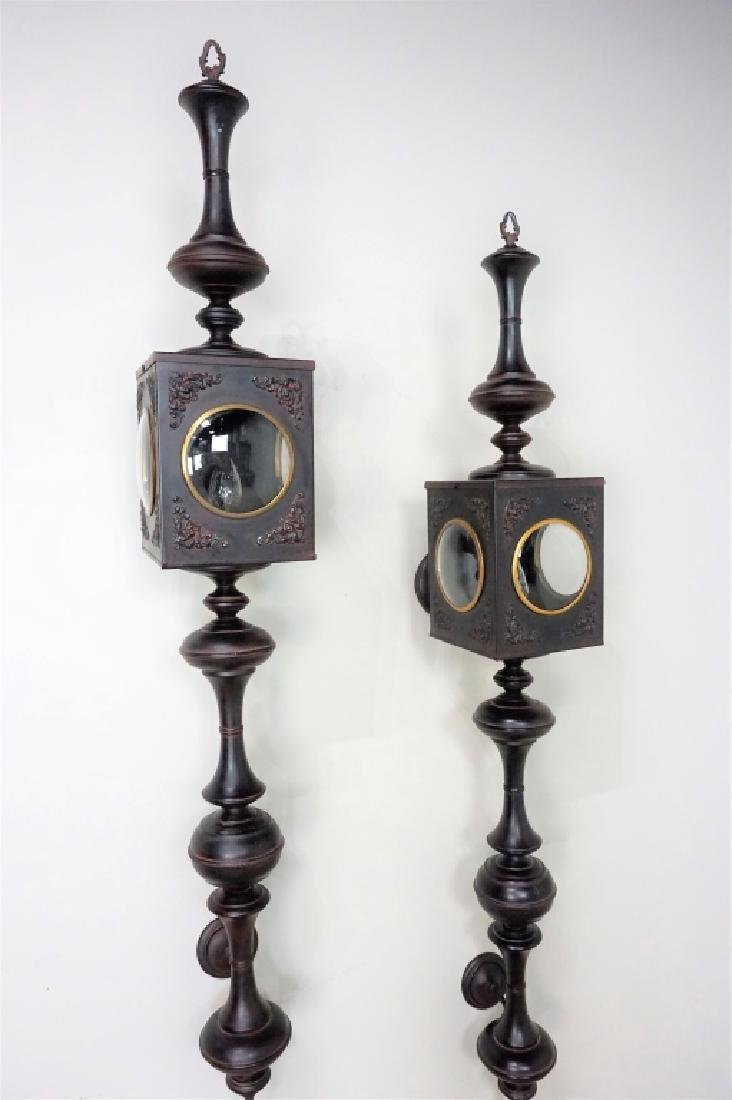 PAIR OF ELECTRIC CARRIAGE LAMPS - 4