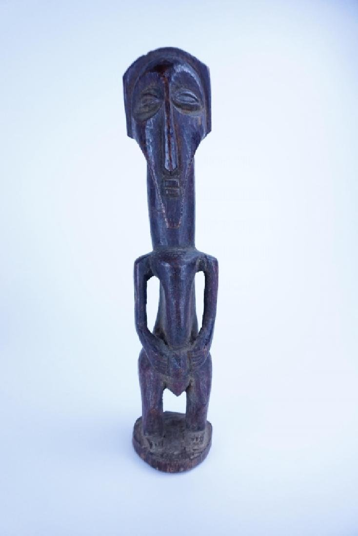 ANTIQUE CARVED WOOD AFRICAN FIGURE