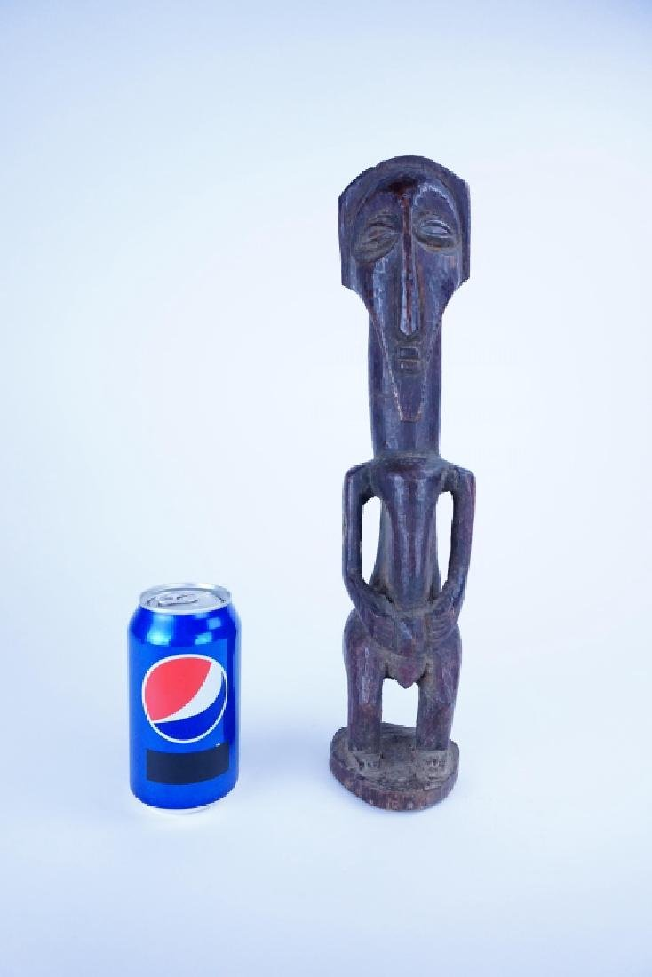 ANTIQUE CARVED WOOD AFRICAN FIGURE - 4