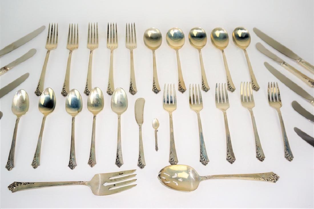"32pc HEIRLOOM STERLING FLATWARE ""DAMASK ROSE"" - 3"