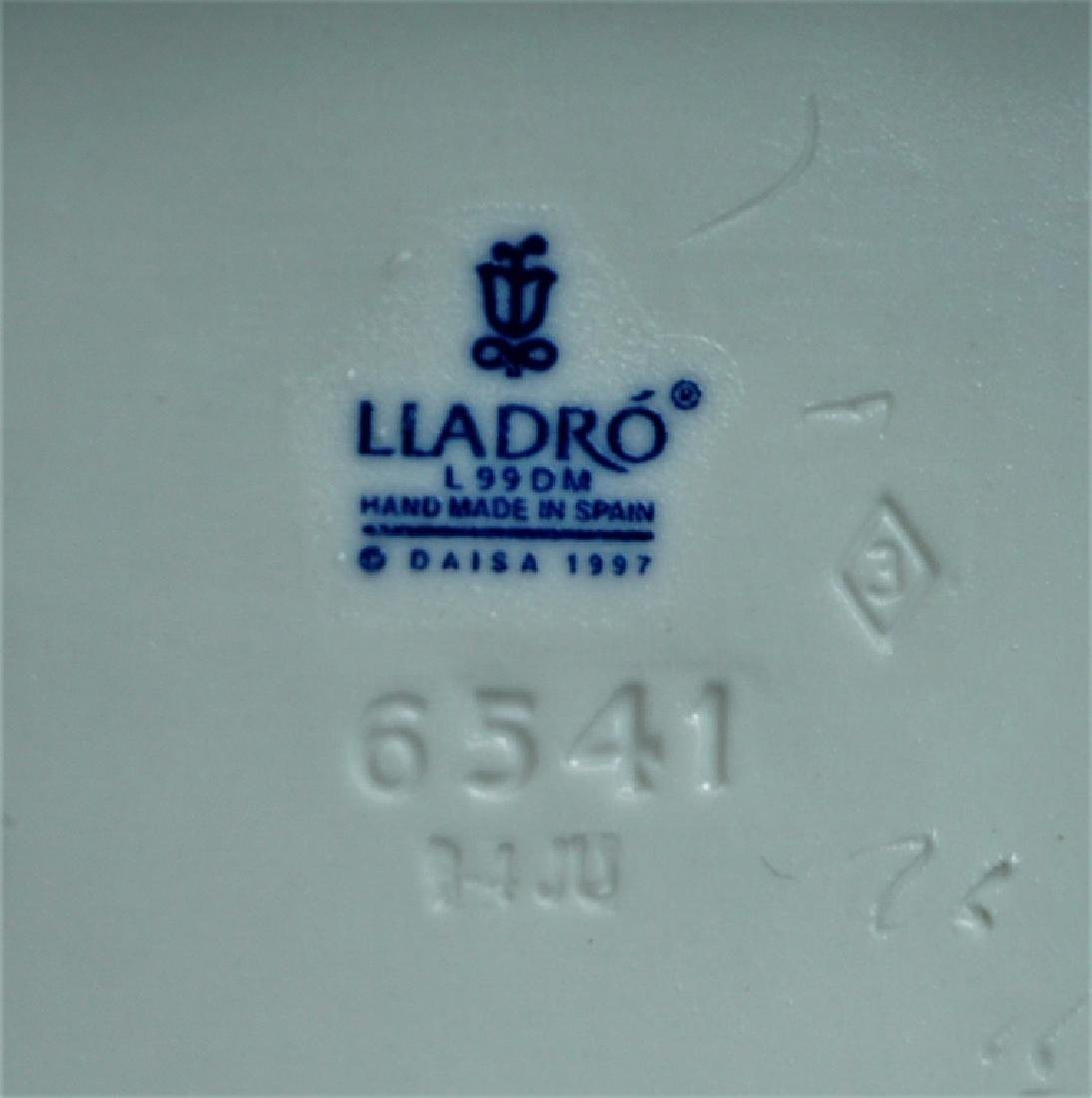 (2) LLADRO FIGURINES # 6540 & 6541 - 4