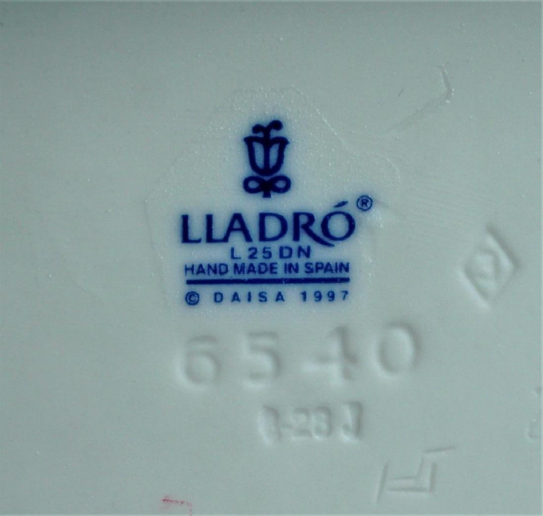 (2) LLADRO FIGURINES # 6540 & 6541 - 5