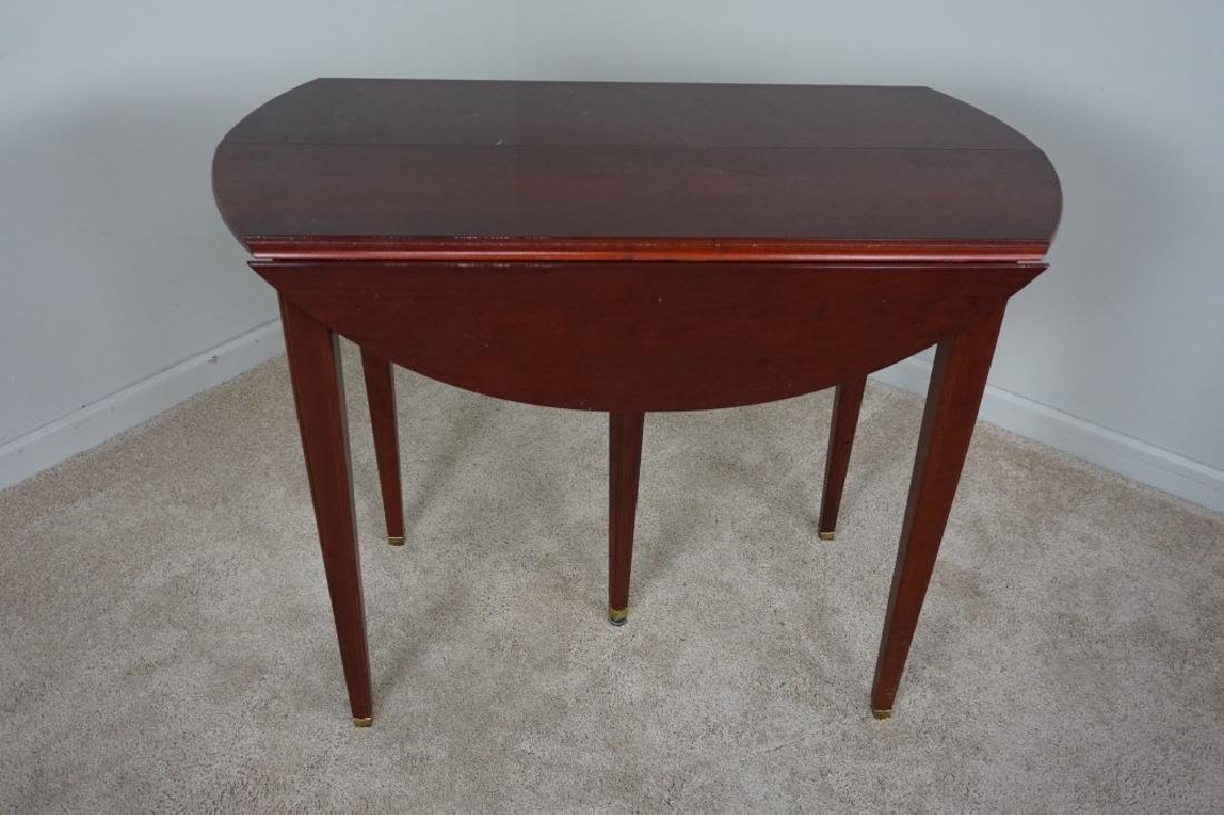 SOLID MAHOGANY EXTENSION TABLE WITH DROP SIDES