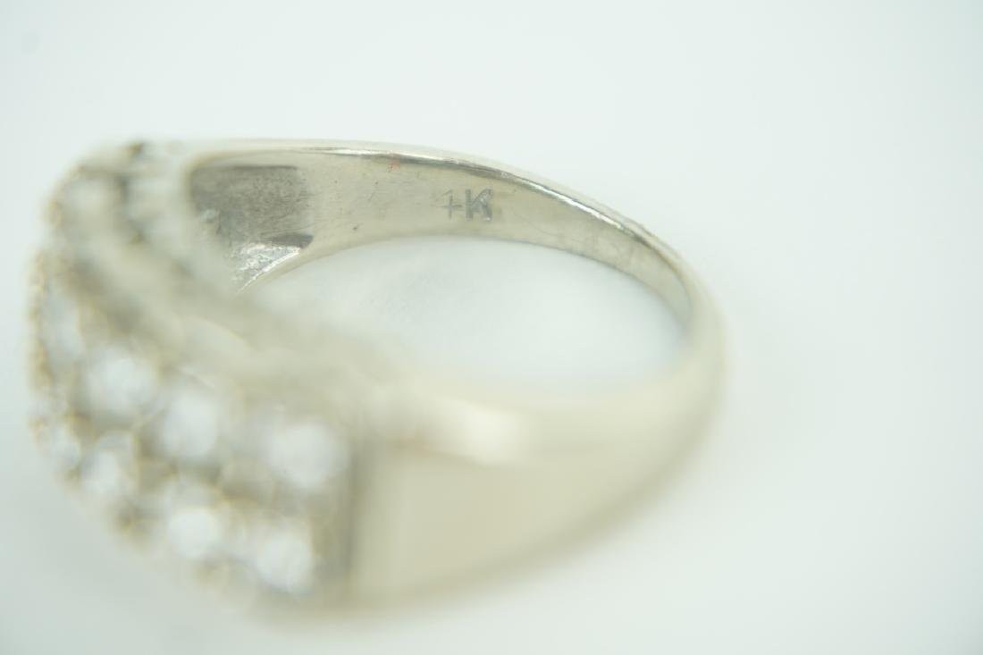 14K YELLOW GOLD AND DIAMOND RING - 4