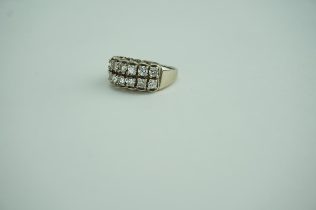 14K YELLOW GOLD AND DIAMOND RING - 6