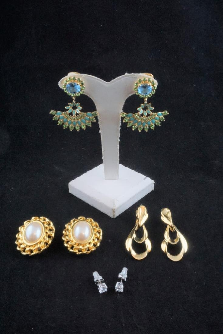 (4) PAIRS OF DESIGNER EARRINGS