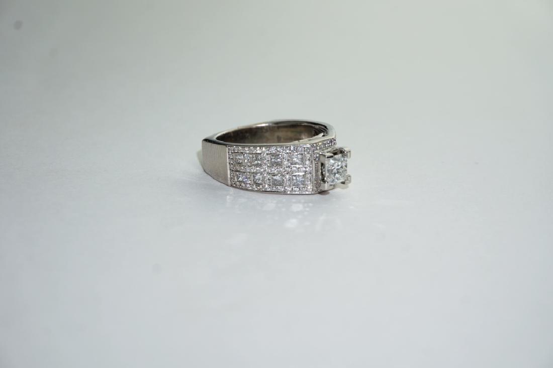 18K WHITE GOLD LOVE STORY DIAMOND ENGAGEMENT RING