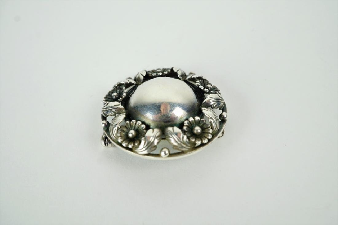 ANTIQUE STERLING SILVER BROOCH