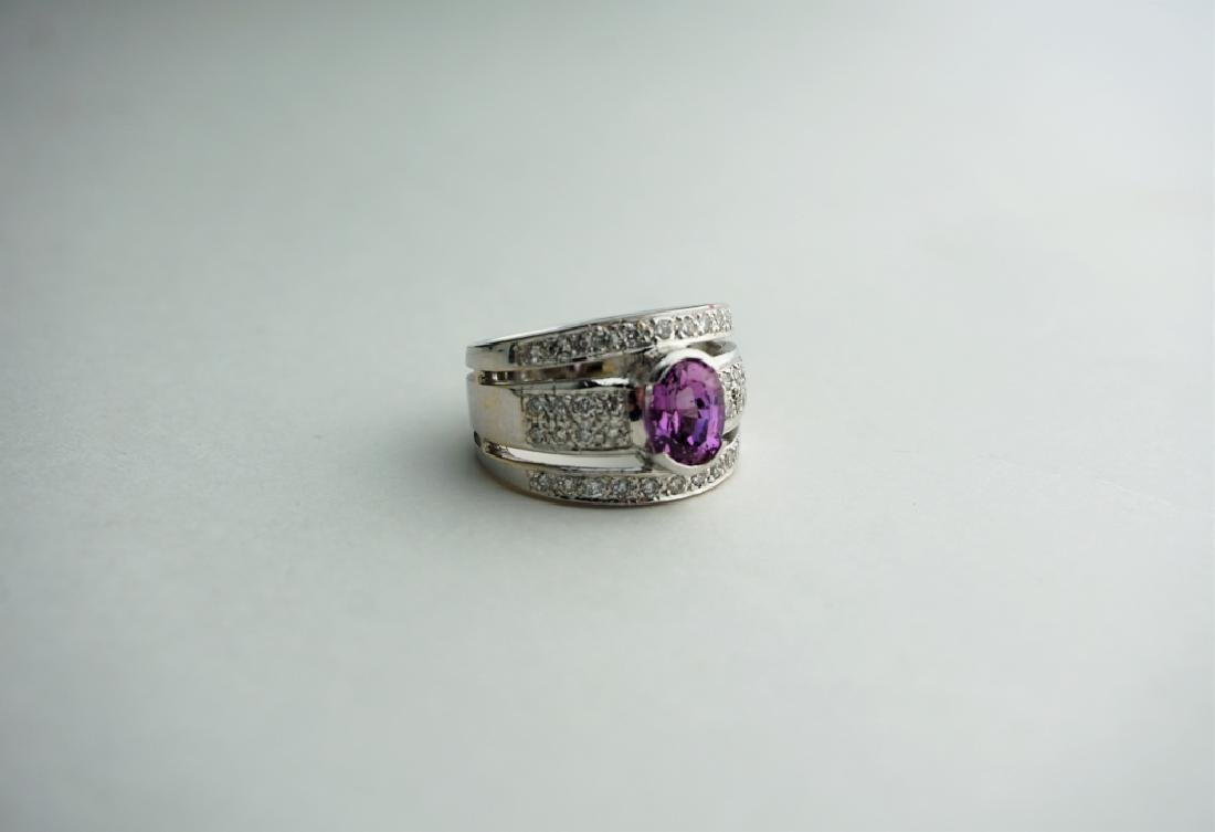 18K WHITE GOLD DIAMOND & PINK SAPPHIRE RING