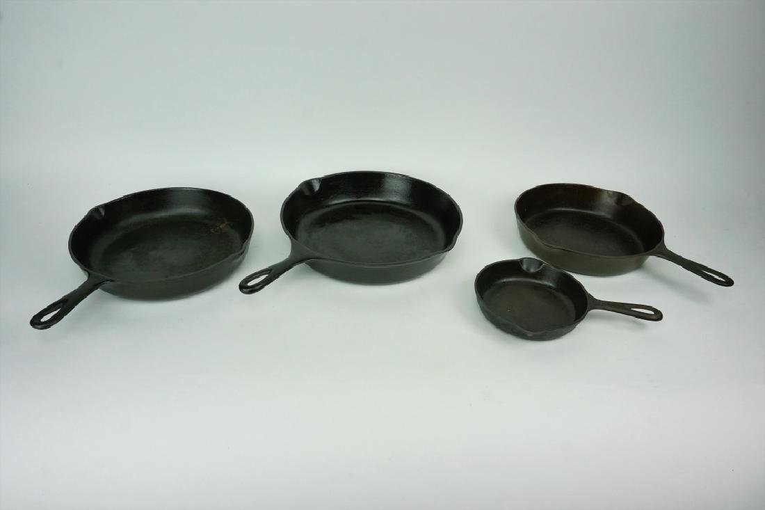 4pcs ASSORTED VINTAGE CAST IRON