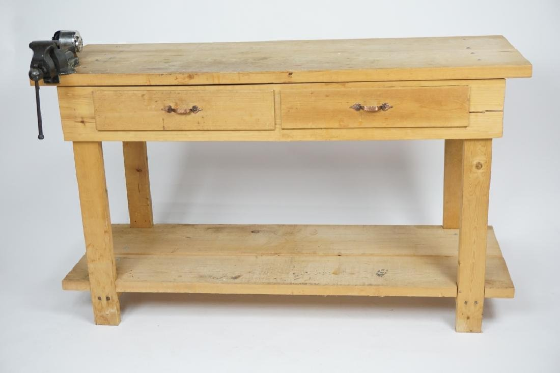 2-DRAWER WOODEN WORK BENCH