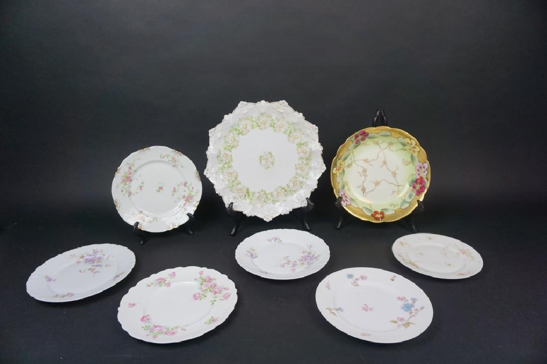 8pcs ASSORTED PORCELAIN PLATES AND BOWLS