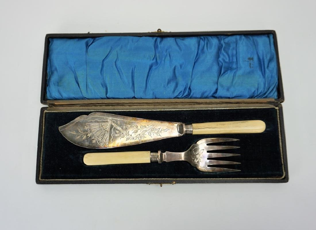 ANTIQUE FISH SERVING SET IN ORIGINAL CASE