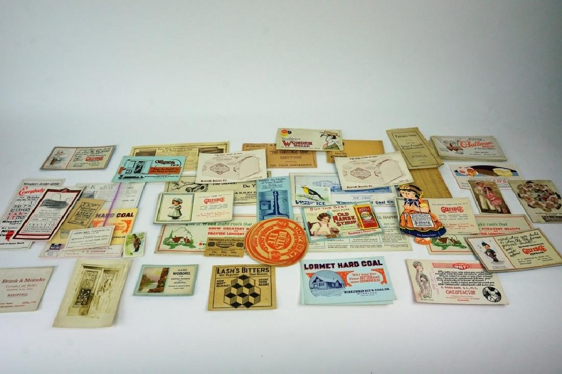 ASSORTED VINTAGE TRADE CARDS