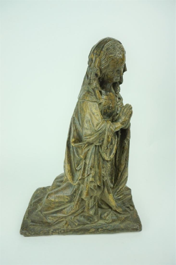 VINTAGE PLASTER MARY PRAYING STATUE