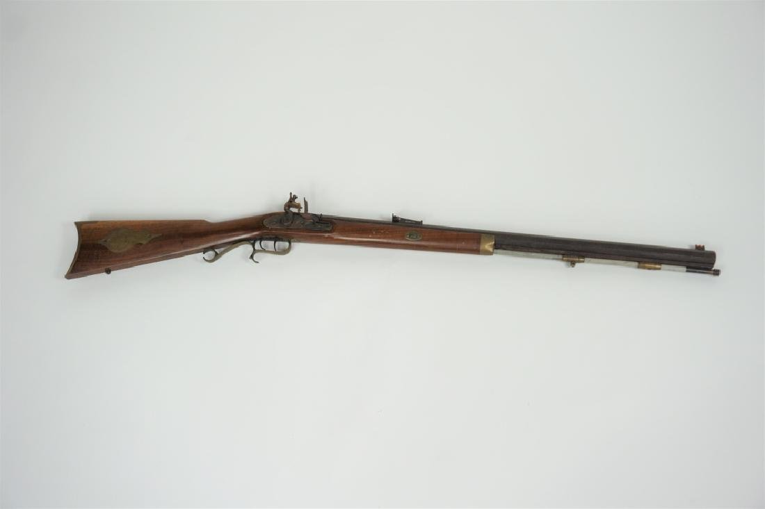 THOMPSON CENTER ARMS FLINTLOCK HAWKEN RIFLE