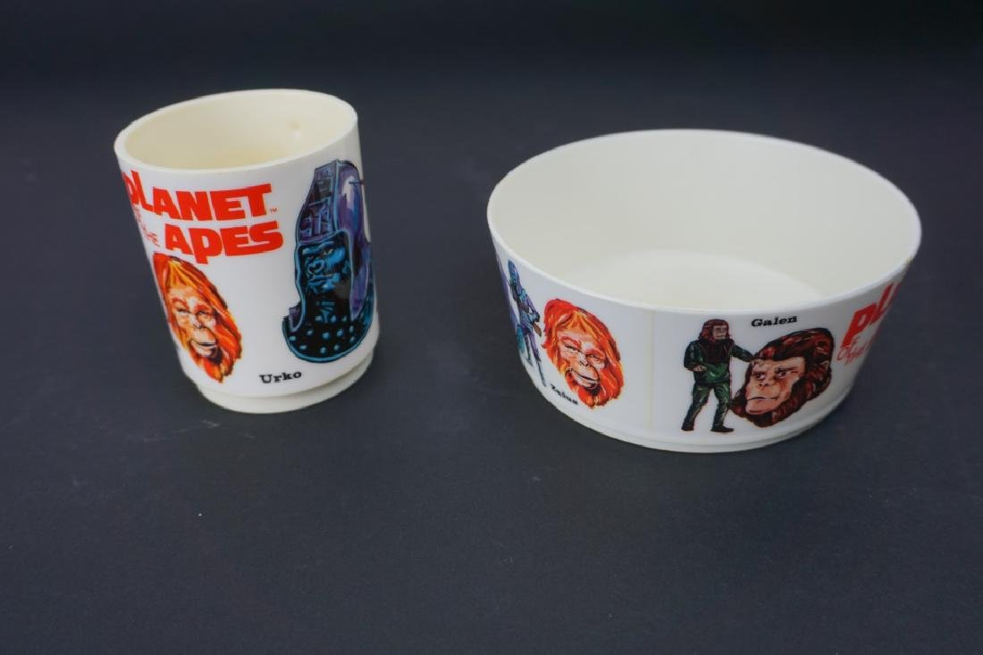 1967 PLANET OF THE APES PLASTIC MUG & BOWL