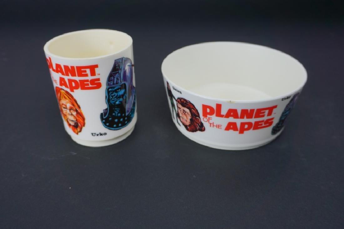 1967 PLANET OF THE APES PLASTIC MUG & BOWL - 2