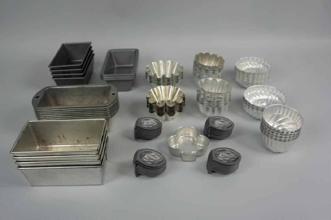 ASSORTED MINIATURE MOLDS/PANS - 2