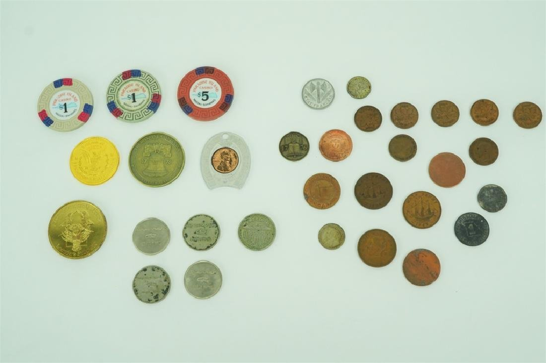 ASSORTED VINTAGE COINS, TOKENS & CHIPS