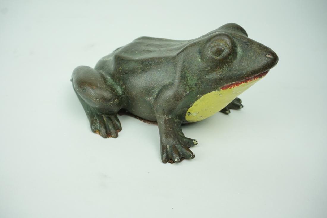 ANTIQUE CAST IRON FROG DOORSTOP