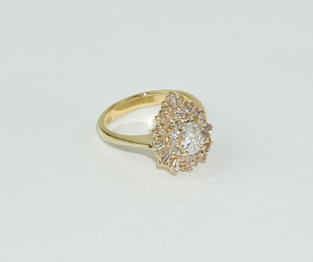 18K YELLOW GOLD & DIAMOND TEARDROP CLUSTER RING