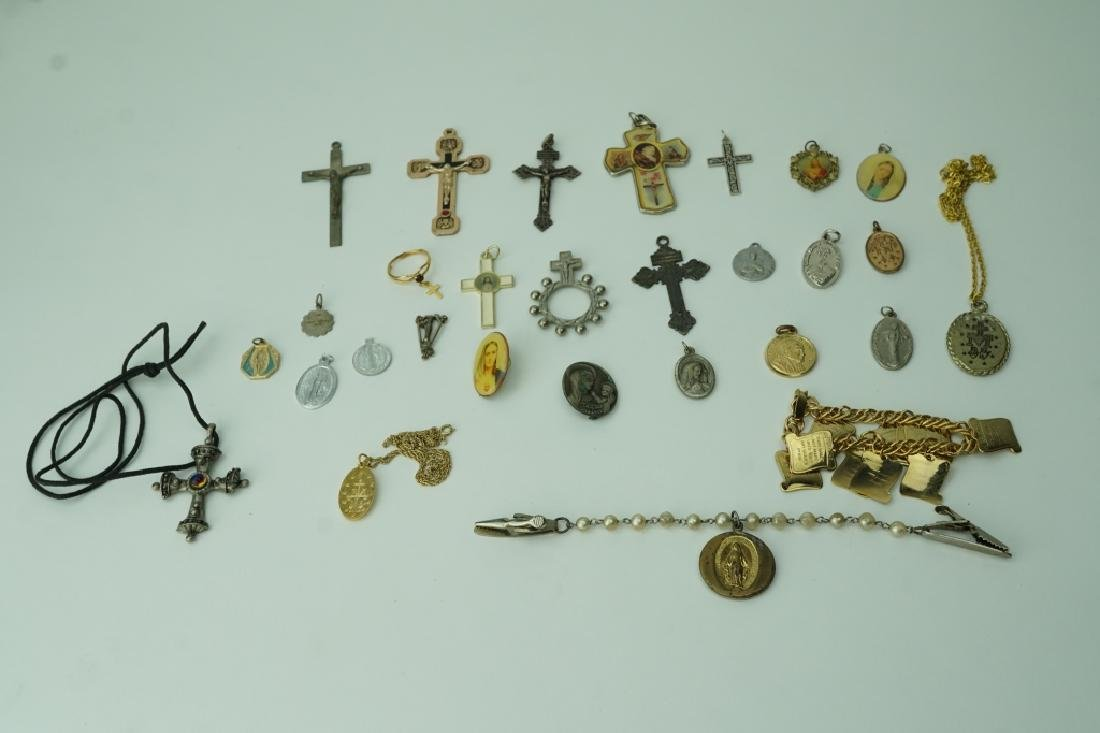 ASSORTED RELIGIOUS JEWELRY
