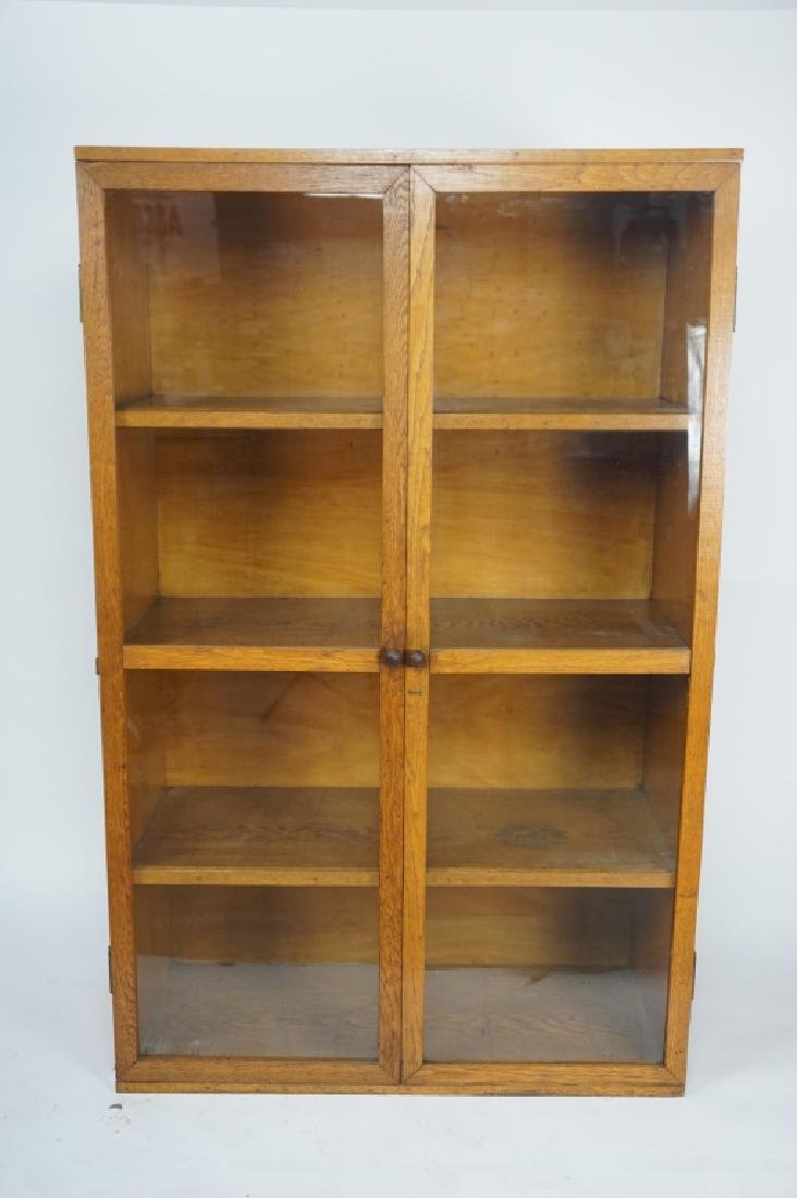 ANTIQUE OAK 2-DOOR CABINET