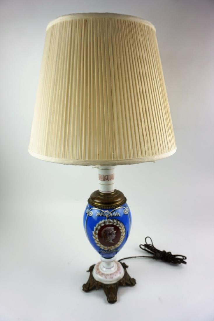 ANTIQUE NEOCLASSICAL STYLE TABLE LAMP