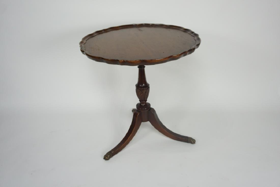 ANTIQUE MAHOGANY PIE CRUST SIDE TABLE