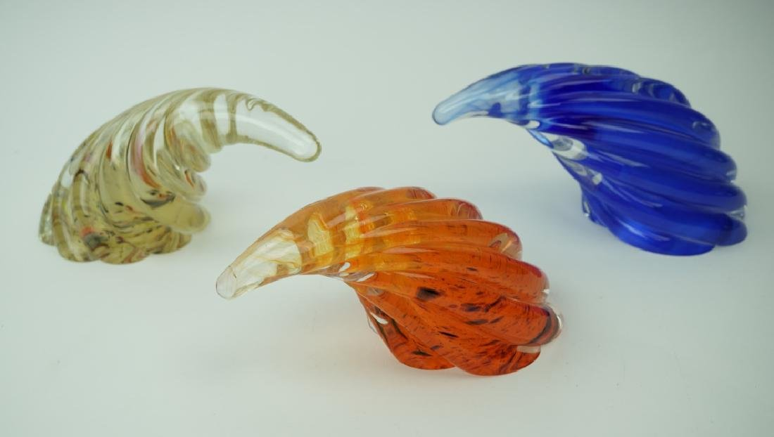 (3) VINTAGE SIGNED ART GLASS PAPERWEIGHTS