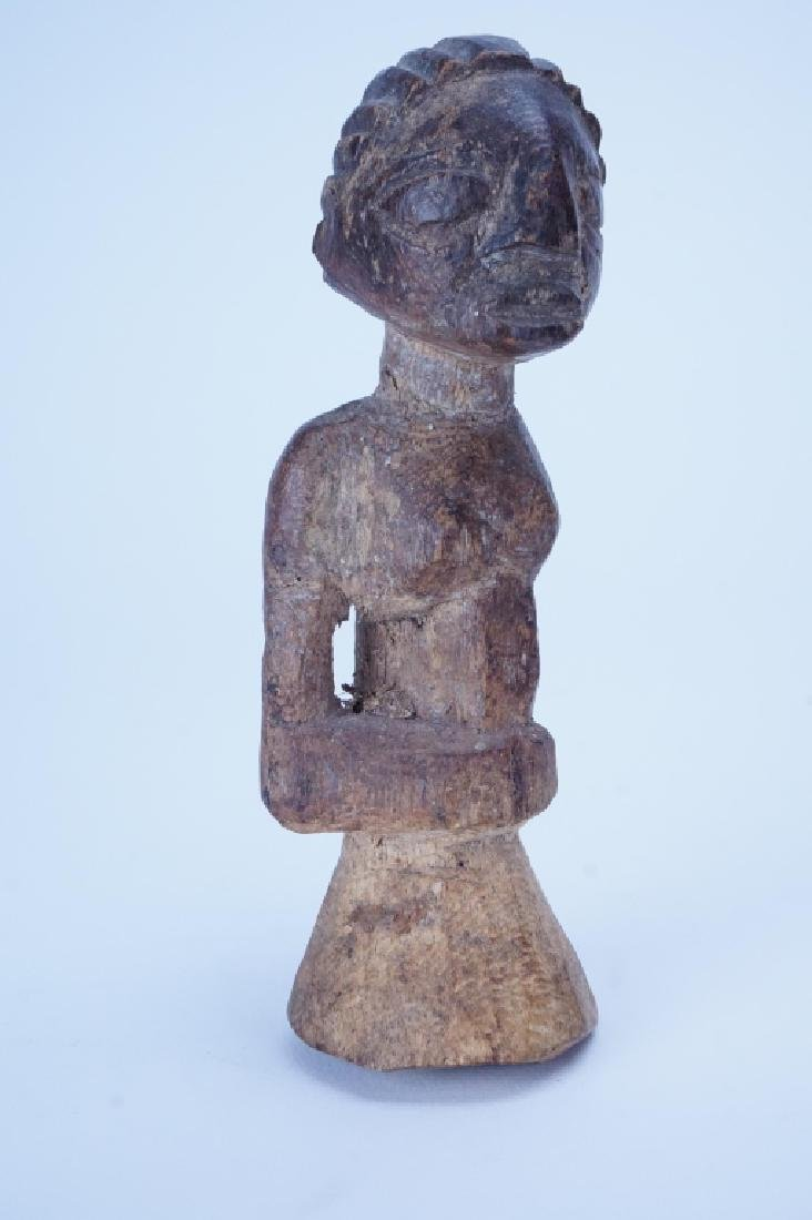 SMALL ANTIQUE AFRICAN CARVED WOOD FIGURINE