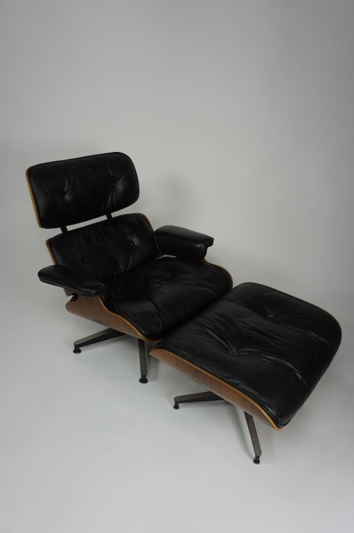 HERMAN MILLER EAMES LOUNGE CHAIR & OTTOMAN