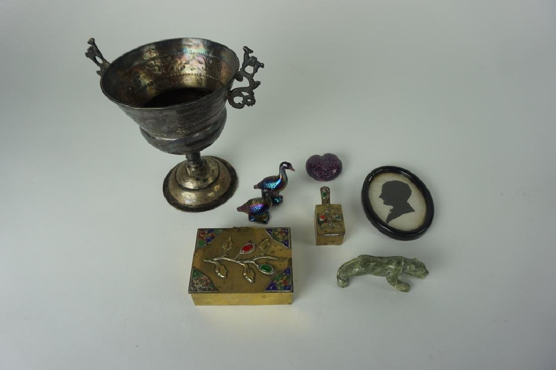 8pc ASSORTED DECORATIVE ITEMS