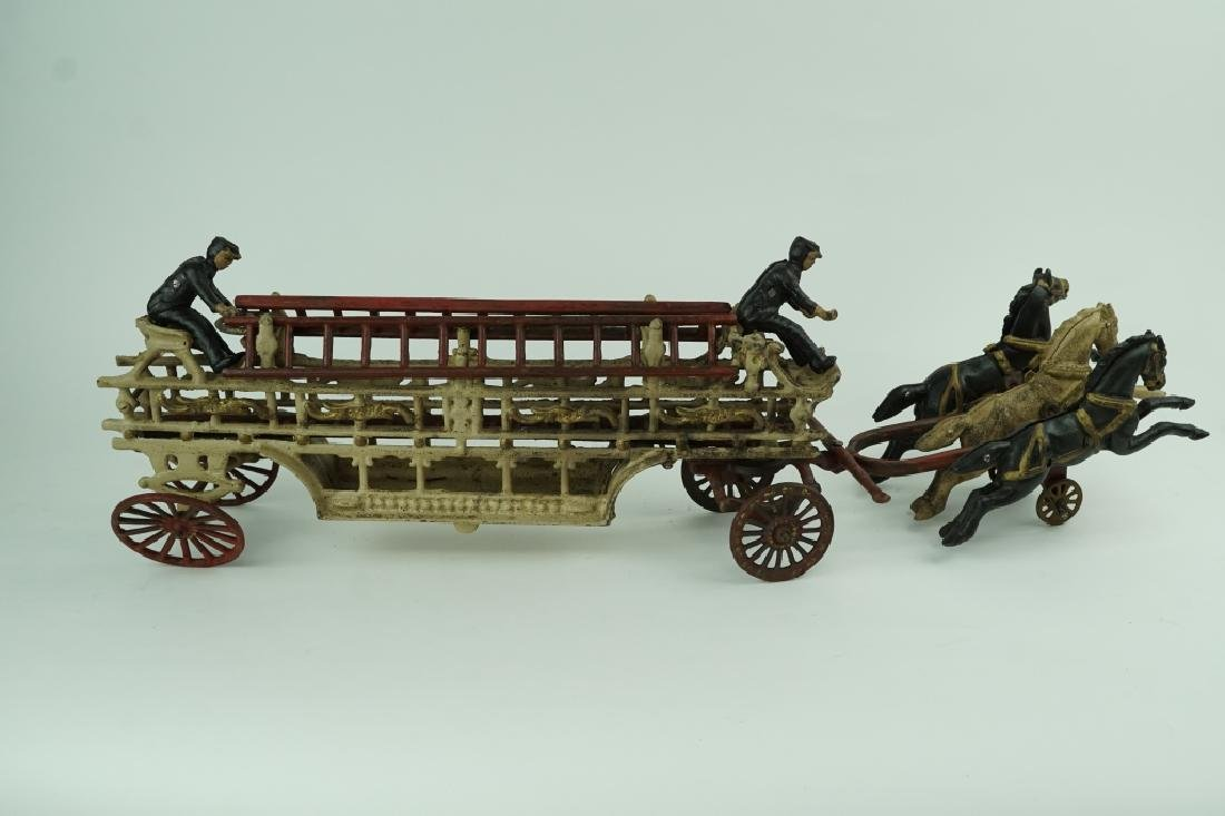 VINTAGE CAST IRON FIRE WAGON