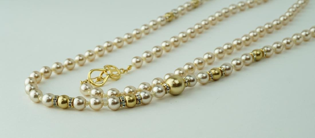 K.J.L HAND KNOTTED GLASS PEARL BEAD NECKLACE