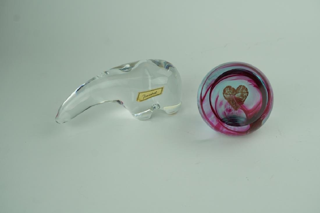 2pc BACCARAT & CAITHNESS CRYSTAL PAPERWEIGHTS