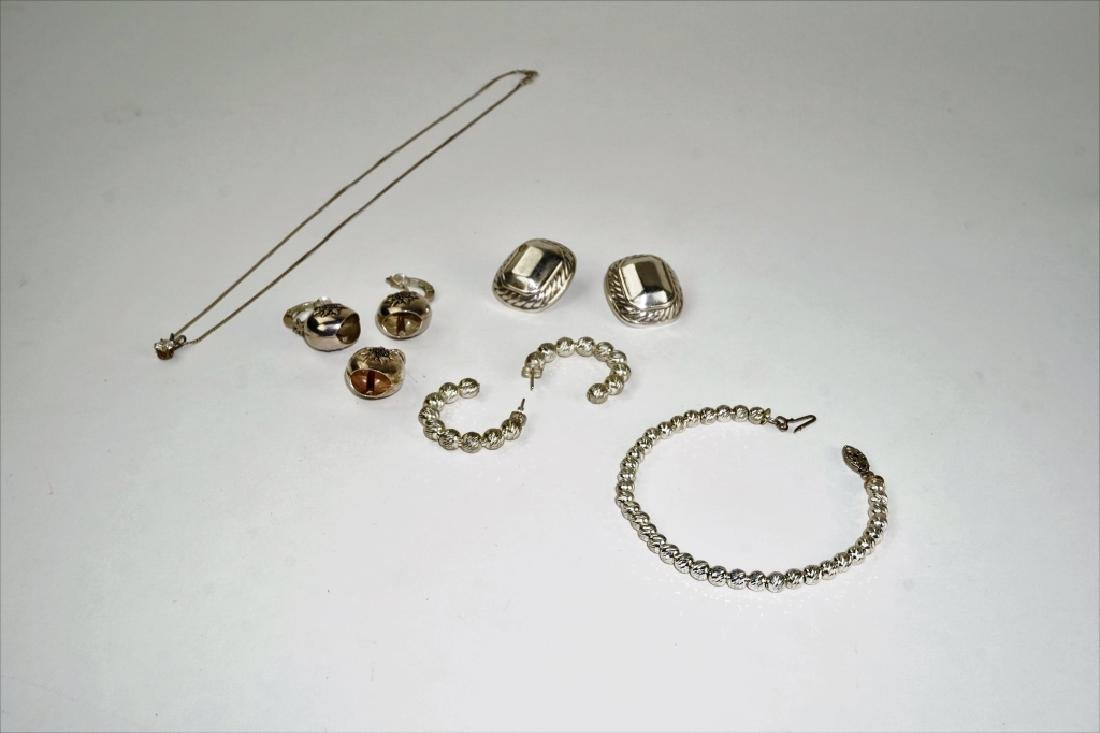 ASSORTED WOMENS STERLING SILVER JEWELRY LOT
