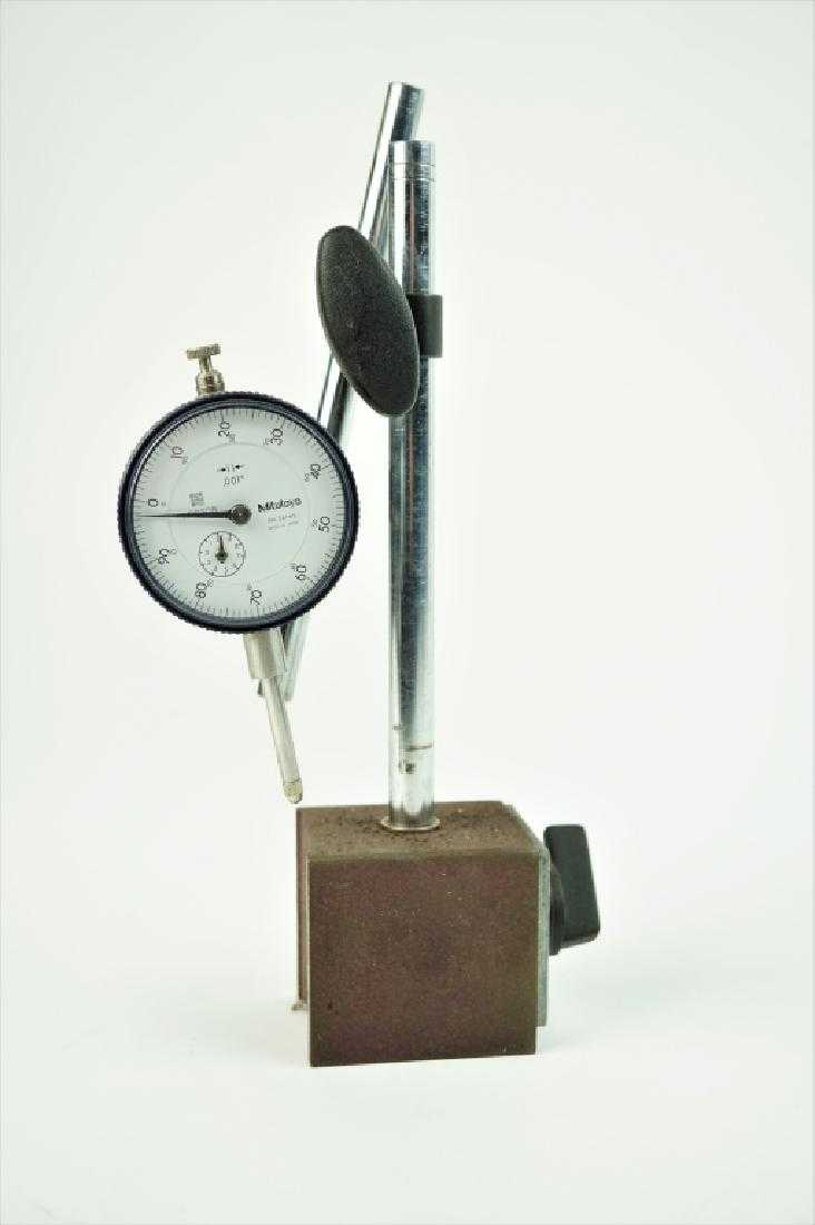 Mitutoyo No 24165 Dial Indicator With Stand