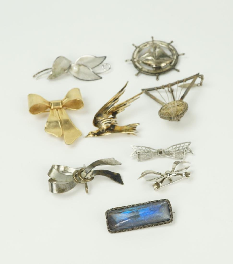 (9) ASSORTED PINS / BROOCHES INCLUDING STERLING - 2