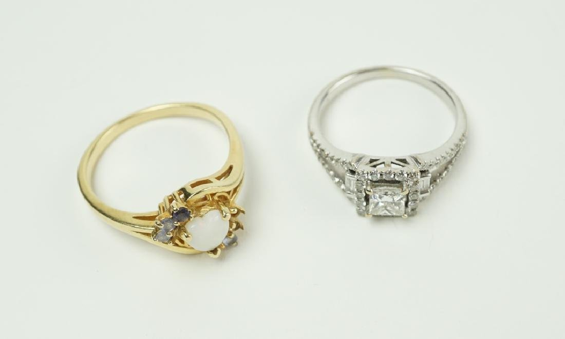 (2) ASSORTED GOLD RINGS - 3