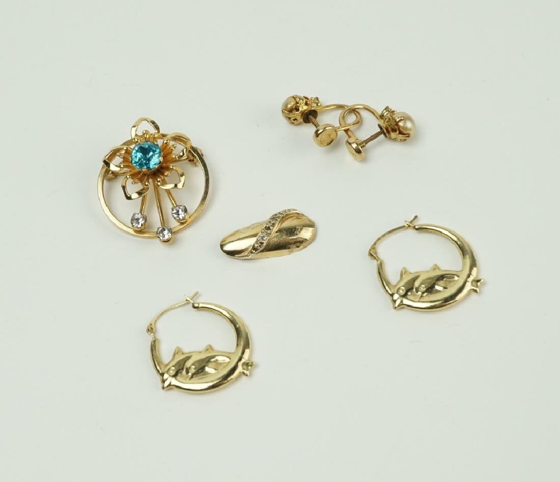 4pcs ASSORTED GOLD JEWELRY