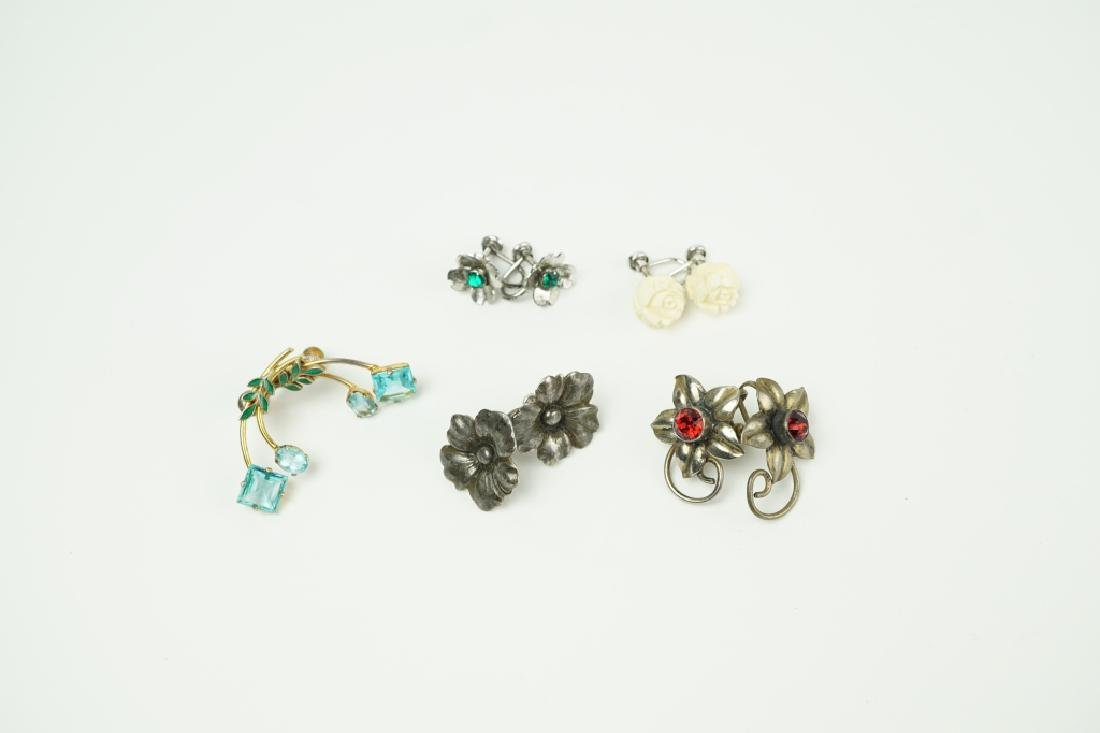 (5) PAIRS ASSORTED EARRINGS INCLUDING STERLING
