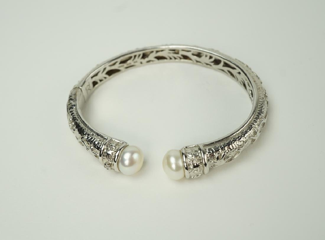 KN STERLING SILVER & PEARL-TIPED HINGED BRACELET - 2